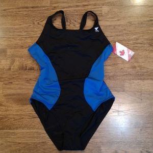 Tyr One Piece Swimsuit Made in Canada XXL NWT